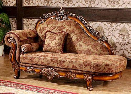 Posso higienizar sofá antigo?